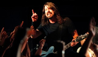"""Kick Out The Jams"" με Dave Grohl και Prophets Of Rage"