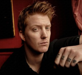"""The Way You Used to Do"": Αυτό είναι το νέο τραγούδι των Queens Of The Stone Age"