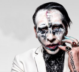 """We Know Where You Fucking Live"": Nέος Μarilyn Manson"