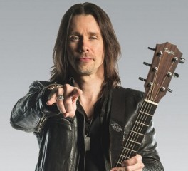 "Ακούστε το ""Love Can Only Heal"" του Myles Kennedy"