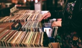 """High Fidelity Syndrome: The Rocking Monthly Playlists (feat. Andy Tillison and Bobby """"Blitz"""" Ellsworth), 04/12"""