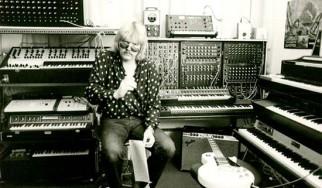 «10»: Ο Edgar Froese στα '70s, με ή δίχως τους Tangerine Dream