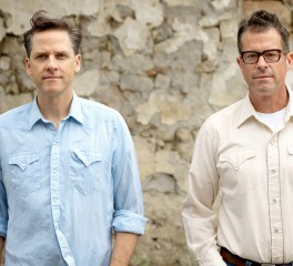 «A Buyer's Guide»: Calexico