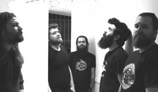 «10»: Τα απόλυτα τραγούδια για επανάσταση των Mr. Highway Band