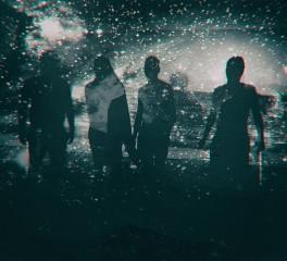 «10»: Αγαπημένα άλμπουμ των Holy Monitor