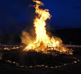 To Enter Pagan #5: Η μάγισσα, η φλόγα, η σφυρηλατημένη καρδιά