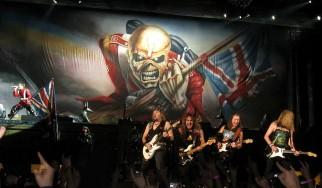 Iron Maiden, Lauren Harris στο Κλειστό Γήπεδο Μπάσκετ Ελληνικού, 11/03/07
