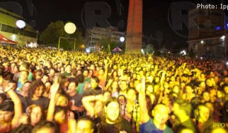 Ark Festival: Locomondo, The Burger Project feat. Φοίβος Δεληβοριάς, Λεωνίδας Μπαλάφας, κ.ά. @ Τεχνόπολις, 12/09/11