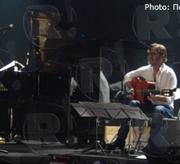 Al Di Meola & Gonzalo Rubalcaba (guest: Μιχάλης Παούρης), Μπάμπης Παπαδόπουλος @ Fuzz Club, 16/12/12
