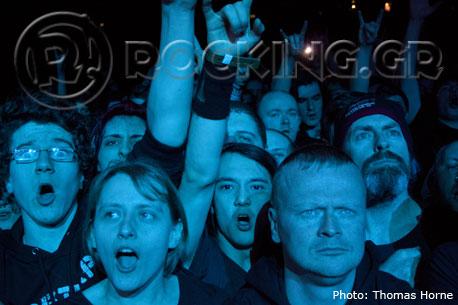 Crowd, Glasgow, Scotland, 04/02/14