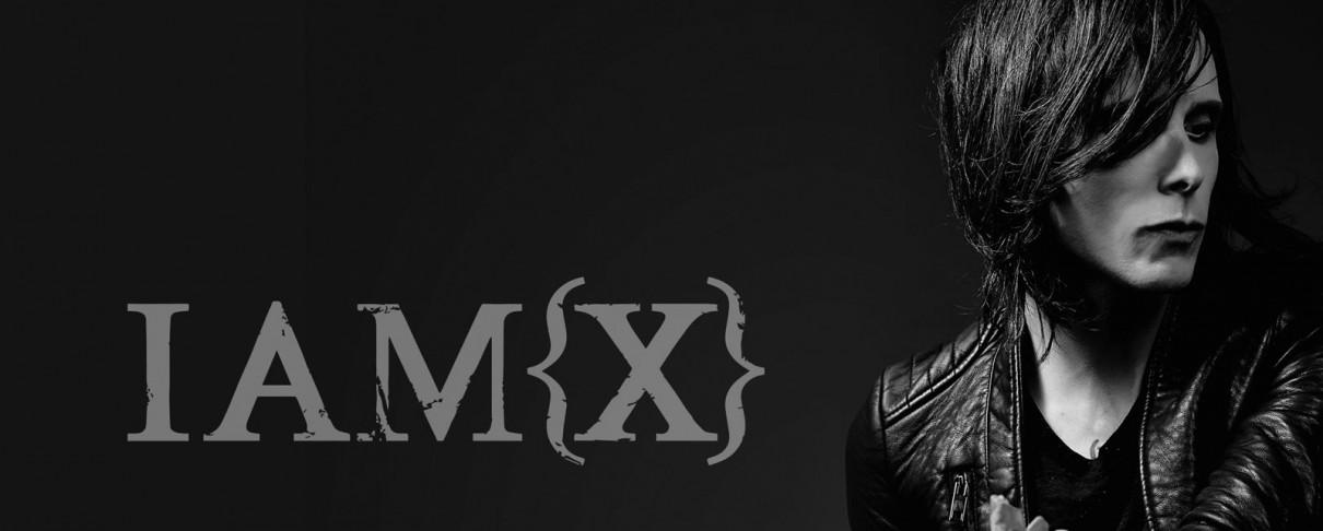 «10»: Αγαπημένα τραγούδια των ΙΑΜΧ