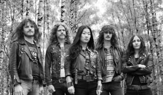 Night Viper: «Παίζουμε μια διασταύρωση μεταξύ Judas Priest και Metallica»