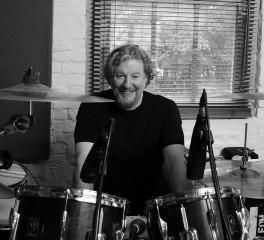 Ted McKenna: «Να δουλεύεις με τον Rory αποτελεί έμπνευση από μόνο του»