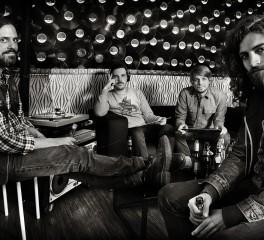 Zodiac: «Είναι στη φύση της μπάντας να δοκιμάζουμε διαφορετικά πράγματα»