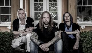 In The Woods: «Σε αυτήν την μπάντα δεν χωράνε μαλακίες, ούτε εγωισμοί»