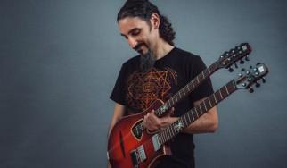 Yossi Sassi: «Το ζεϊμπέκικο είναι τα blues των Ελλήνων»