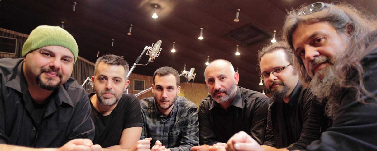 SL Theory: «Δεν αποκλείεται μια συνεργασία με τους Ayreon»