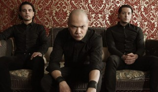 Danko Jones: «Το να παίζεις σε μια rock μπάντα δεν είναι μόνο χαβαλές»
