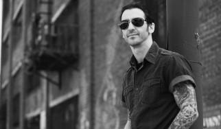 Sully Erna: «Μου λείπουν οι εποχές που η μουσική δεν ήταν τόσο ψηφιοποιημένη»