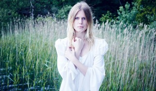 Myrkur: «Ετοιμάζουμε ένα σκοτεινό, ακουστικό, folk άλμπουμ»