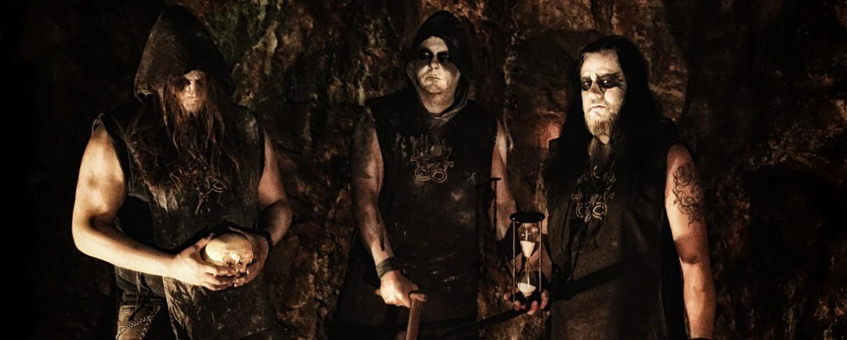 Crimson Moon: «Στο black metal κάθε καινοτομία δημιουργεί πληθώρα κλώνων»