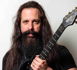John Petrucci: «Το μέλλον της κιθαριστικής μουσικής είναι λαμπρό»