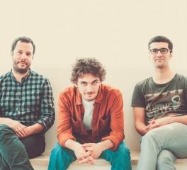 Γνωρίστε τους καλλιτέχνες του Half Note: Spiral Trio