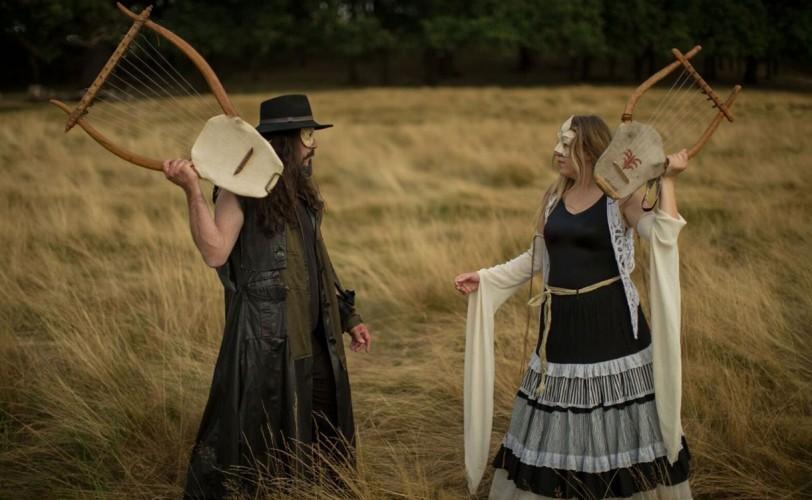 Δαιμονία Νύμφη: «Στο metal κοινό αρέσει η μουσική που δημιουργεί κόσμους»