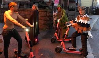 Tusmørke: «Είμαστε μουσικά outsiders από τα '90s»