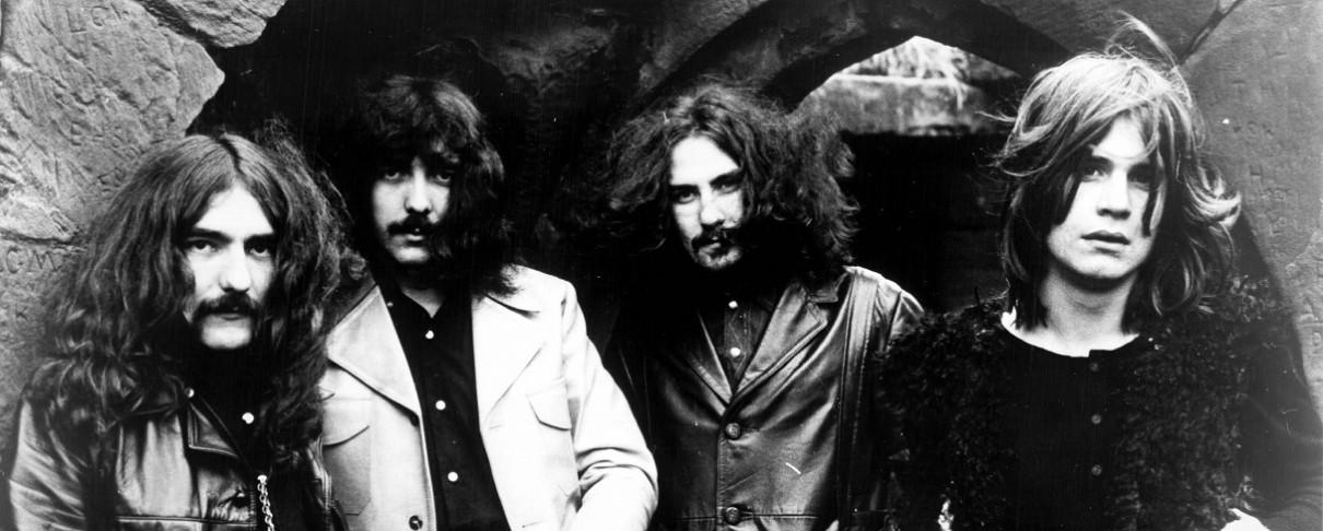 Οι Osbournes αγοράζουν ολόκληρη δημοπρασία Black Sabbath αναμνηστικών