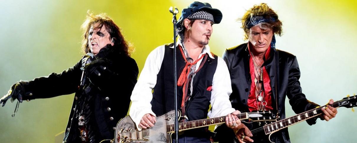 Τα «Χολλιγουντιανά Βαμπίρ» Alice Cooper, Joe Perry και Johnny Depp επί τω έργω (video)