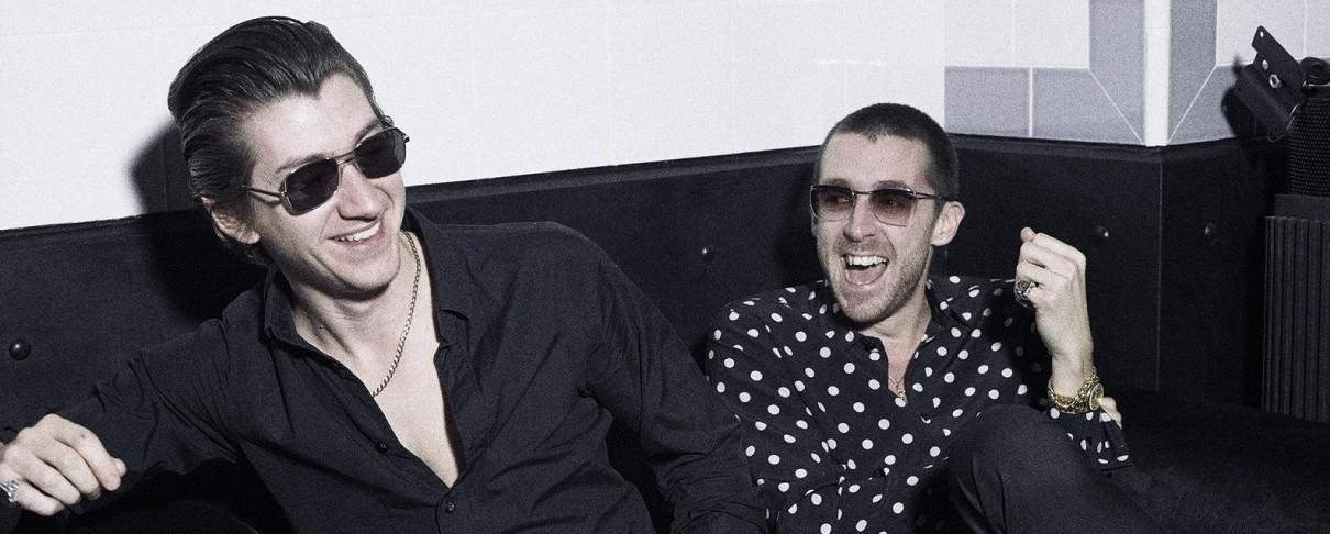 Alex Turner: «Πολλοί θα πίστεψαν τότε ότι ήμουν high»