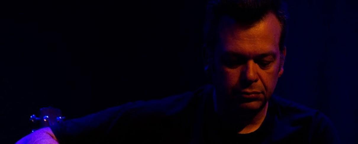 Ο Μπάμπης Παπαδόπουλος στο Γυάλινο Μουσικό Θέατρο