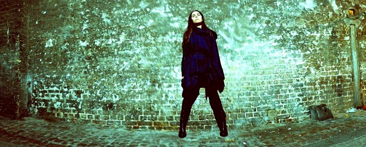 Ακούστε το νέο τραγούδι της PJ Harvey