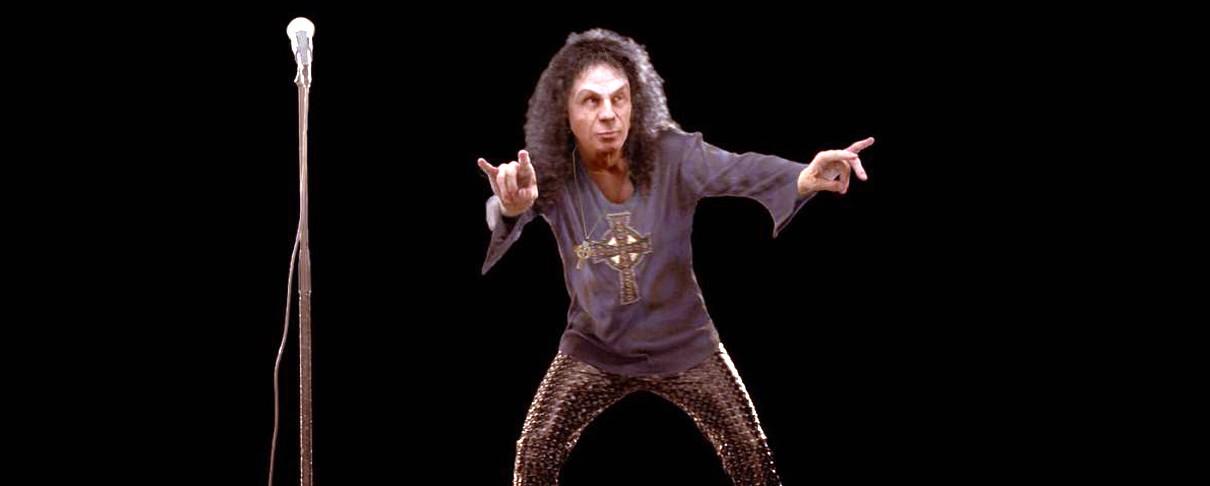 To oλόγραμμα του Dio στη σκηνή του Wacken!