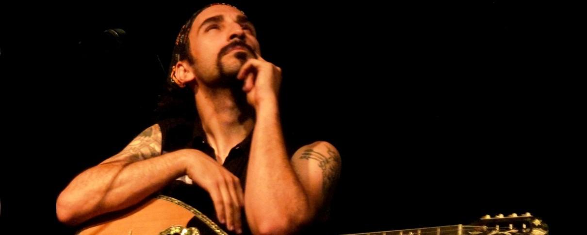 Βαρύ ζεϊμπέκικο το κεντρικό τραγούδι του νέου δίσκου του συνιδρυτή των Orphaned Land