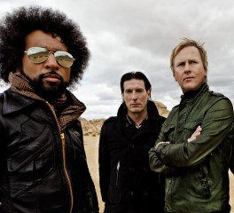 Οι Alice In Chains και ο Lenny Kravitz support στους Guns N' Roses