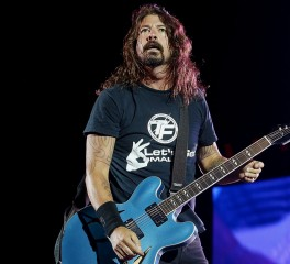 Oι Foo Fighters επέστρεψαν στη σκηνή