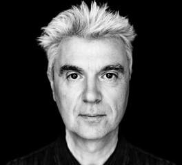 Ο David Byrne εκσυγχρονίζει την Ιωάννα της Λωραίνης