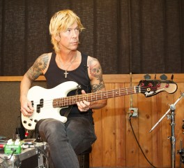 Ντοκιμαντέρ για την ζωή του Duff McKagan