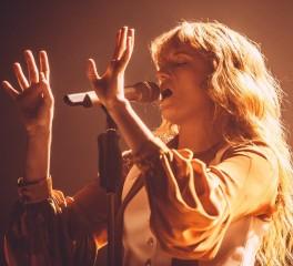 Οι Florence and the Machine live σε τηλεοπτική εκπομπή (video)