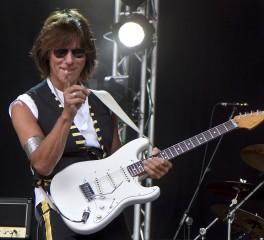 Jeff Beck: Νέος δίσκος τον Ιούλιο