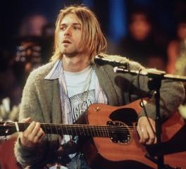 """Ο πρώην σύζυγος της Frances Bean Cobain διεκδικεί την κιθάρα του """"MTV Unplugged"""""""