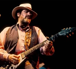 «Έφυγε» ο κιθαρίστας Lonnie Mack