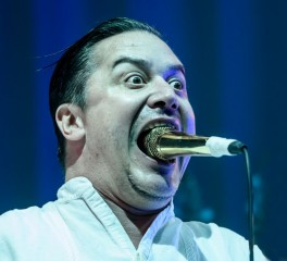 O Mike Patton στους Dead Cross του Dave Lombardo
