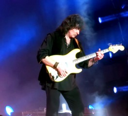 Setlist και videos από την «πρώτη» των Ritchie Blackmore's Rainbow