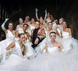 Σάλος στη Ρωσία με το νέο video του Robbie Williams
