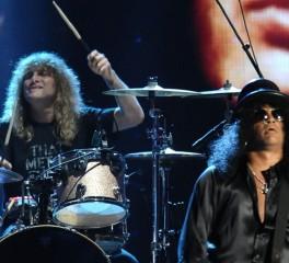 Ο Steven Adler ξανά μαζί με τους Guns N' Roses