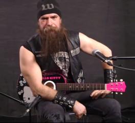 O Zakk Wylde παίζει Black Sabbath όπως δεν τον έχετε ξαναδεί