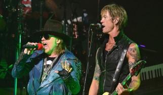 Η πρώτη τηλεοπτική συνέντευξη των Guns N' Roses μετά την επανένωση (video)